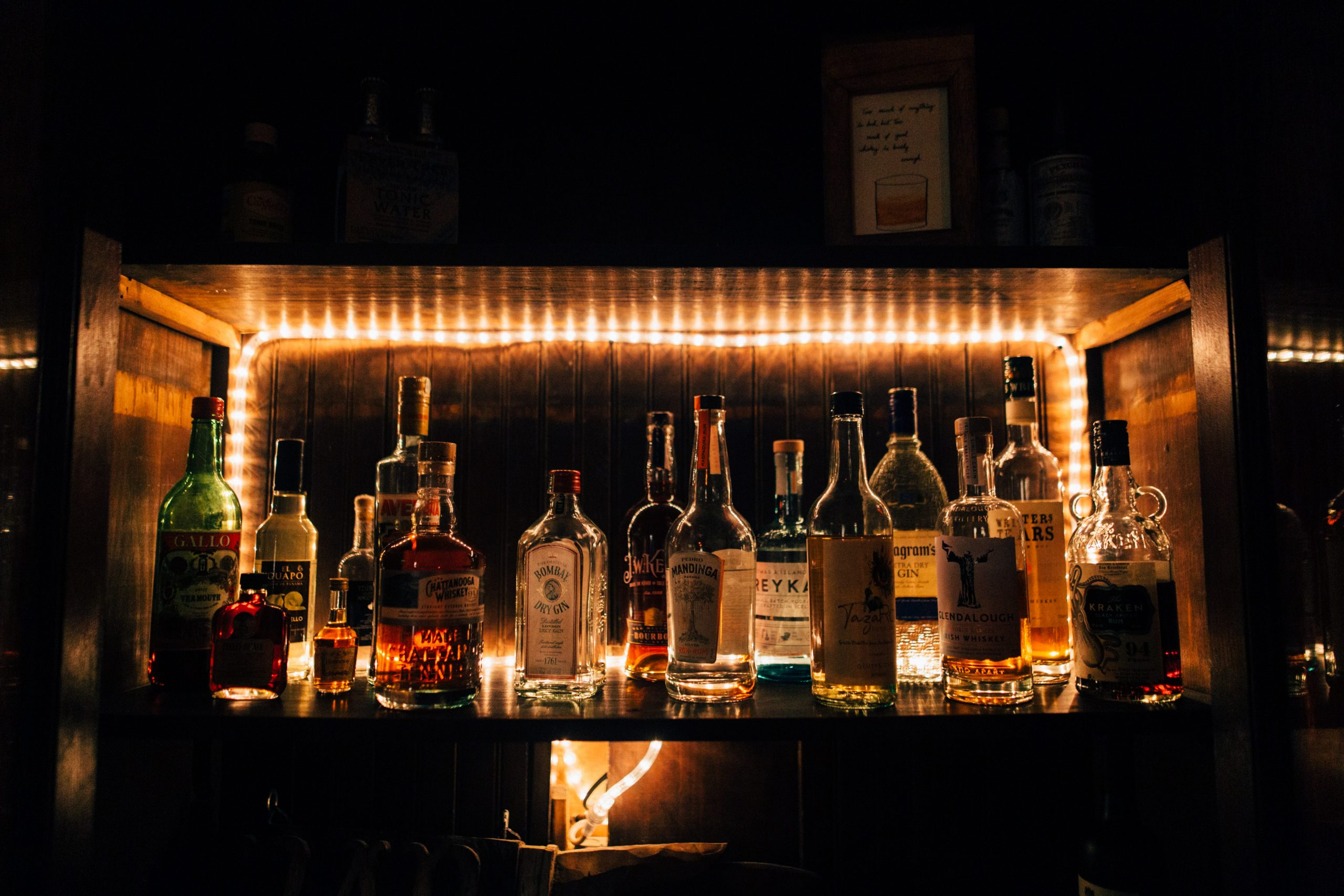 assorted-alcoholic-drinks-2796105-scaled